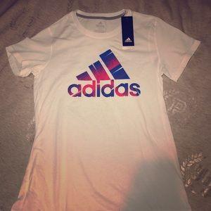 👚 Women's Medium Adidas T-shirt